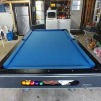 8 ft Pool Table in Excellent Condition