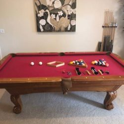 Beautiful Pool Table 7 Ft