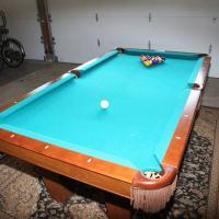 Brunswick Contender 7' Pool Table